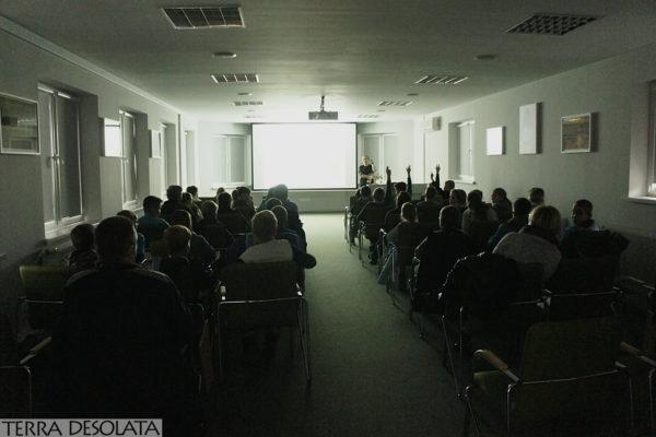 Prezentacja archeologiczno-edukacyjna z perspektywy sali