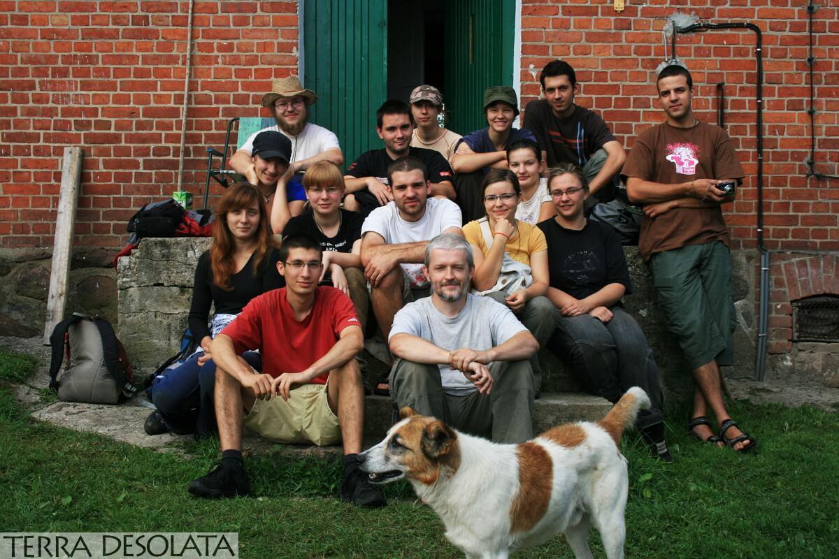 zdjęcie grupowe ekspedycji czerwonodworskiej z 2010 roku