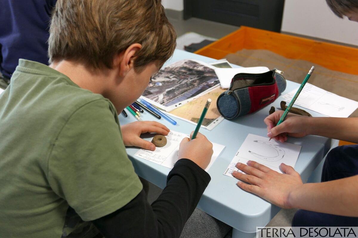 karty zabytków wypełniane przez uczestników